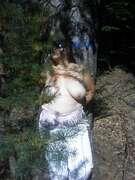 Photos des seins de Sandrina57, Petite série d'automne
